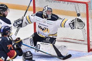 Jonas Gunnarsson svarade för ytterligare en stormatch mellan stolparna.