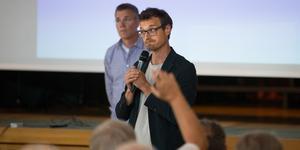 Tim Lux höll i sommarens öppna möte i församlingshemmet i Järna. Någon gång under 2019 kan det bli ytterligare ett informationsmöte.