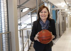 Förre basketspelaren Kicki Johansson känner sig stolt och hedrad att ha blivit utvald till Värmlandsidrottens Wall of Fame.