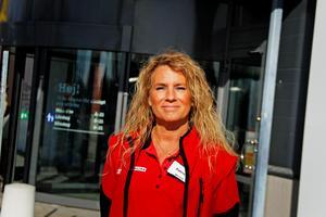 Patricia Kvist Sjöström är chef på Willys vid Dalahästen berättar att de ofta har problem med kringsresande ligor.