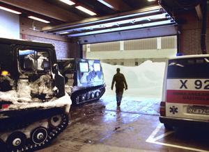 Bandvagnar transporterade sjuka till akuten på Gävle sjukhus.