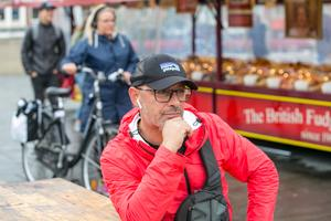 Francois-Xavier Mauraisin arrangerar också den årliga italienska matmarknaden på sommaren, genom företaget Geraud Markets Sweden AB.