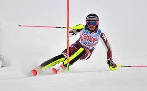 Damernas slalom på SM-veckan kantades av svårigheter. Bild:  Nisse Schmidt