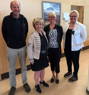 Thomas Wiklund och Beatrice Ask träffade bland annat kommunchefen Gunnel Gyllander och FRGs Eva-Lotta Lundin under tisdagen för att prata om skogsbränderna i Härjedalen.