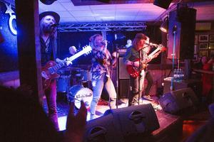Lisa Lystam Family Band.