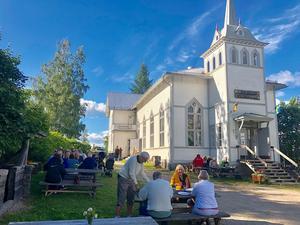 Det vackra Godtemplarhuset i Långhed från början av 1900-talet förvaltar en stor bit historia. Nu tar vi hand om hus och bygd och tar ny fart inför framtiden.