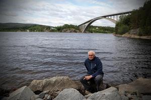 Det finns i dag 40 vattenkraftverk i Ångermanälven, konstaterar Leif Göthe.
