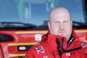 När Pärra Jönssons kolleger kom till olycksplatsen fick de snabbt börja vårda skadade.