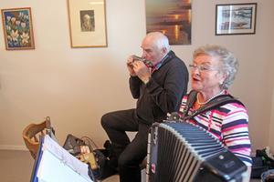 Göran och Rut Böhlmark stod för en uppskatttad musiklaisk underhållning.