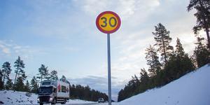 30-skyltarna mellan Mo och Kinsta ska snart tas ner.