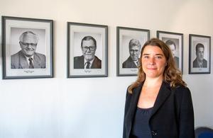 Anna Ljungdell var kommunstyrelsens ordförande från 2010 till 2016. På bilderna bakom henne syns företrädarna Svend-Erik Larsen, Björn Majgren, Tommy Söderblom, Tore Åkerbäck och Ilija Batljan.
