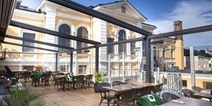 Den nyöppnade restaurangen och festvåningen Stadts takterrass i Hudiksvall ska få spela hög musik till senare klockslag under helgerna 19-20 juli och 26-27 juli.