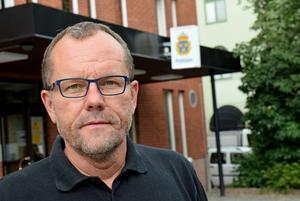 Samuel Hedström välkomnar kommunledningens försök att öka tryggheten.