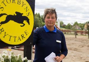 Anna-Karin Persdahl är tävlingsledare för årets hoppmeeting i By.