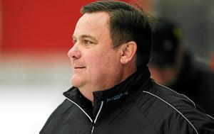 Vetlandas tränare Patrik Johansson har att fundera på inför kommande säsong.