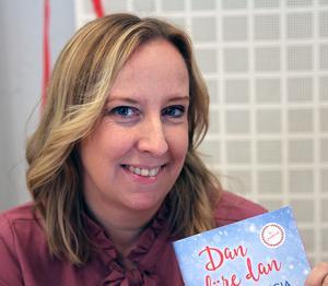 Felicia Welander skriver relationsromaner och feelgood.