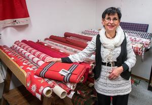 När Anna-Maj bytte den vita tandsköterskerocken mot att sälja tyger och prydnadssaker så förverkligade hon den dröm hon brutit på i många år.