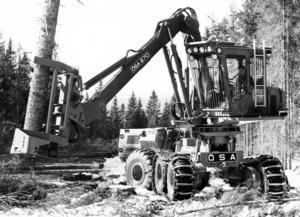 Och så här kunde det se ut när en ÖSA 670 Fällare-läggare var i arbete cirka år 1976. Foto: Jan Brinka