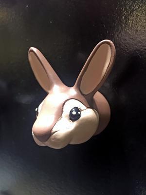 Krok från Edo, finns som flera olika djur. Babyland.se är en återförsäljare . Där är priset 99 kronor.