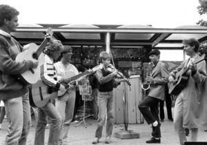 Det lokala jazzbandet The Grants uppträdde på Yran 1984. bandet bestod av Magnus Lindgård, Per Jäderberg, Per Mårtensson, Mattias Broth och Jonas Lindgård.