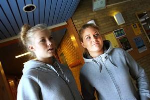 Ida Johansson och Rebecka Renfjäll var glada över den nyförvärvade kunskapen.– Sjukt bra, säger Rebecka.