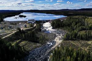Vattenkraftverket Laforsen utanför Kårböle. Vattnet är en del av Ljusnan.