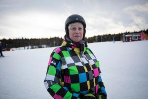 Eva Britt Björklund från Nora har tagit husvagnen till Säfsen.