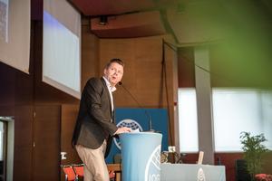 Kommunstyrelsens ordförande Per Nylén (S) välkomnade både publiken och Lena Hallengren med ett tal.