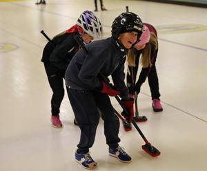 Curling är roligt.