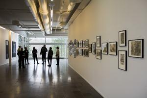 På Gävle konstcentrum hänger nu sviten med 42 akvareller som är en personlig resa hos diverse sökare på historiens marginaler.