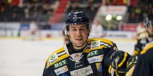 August Berg firar sitt första mål i SSK. På elva matcher har backen hittat nätet två gånger.