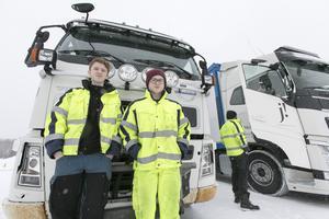 Kim Eriksson och Erik Andren går sista året på inriktningen transport på Jämtlands gymnasium.