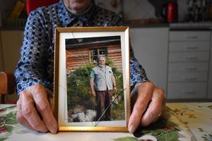 Karin Hansson är säker på sambon Atto Haukijärvis död hade kunnat undvikas.