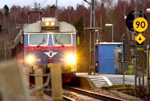 I sommar gäller inte de avgiftsfria sommarlovsresorna för ungdomar med tåg från Kvicksund. Foto: VLT