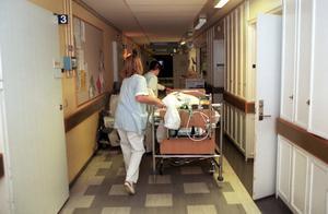 Sjukvårdspersonalen ställde upp extra i sommar för 6,2 miljoner kronor - så att verksamheten fungerade. Foto: Maja Suslin/SCANPIX