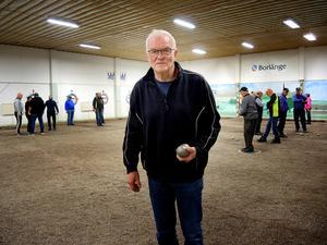 PRO Säter önskar sig en inomhuslokal att spela boule i – som  Klotskallehallen  i Borlänge.