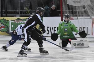 Anders Svensson gjorde en perfekt match i Edsbyns bur, inte minst minnesvärd var paraden på Daniel Mossbergs skott.