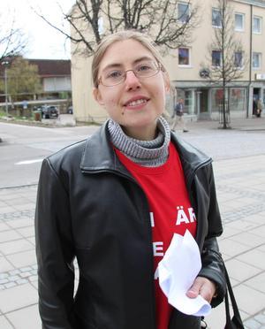 Nya vänsterbasen Vanja Larsson säger att partiet siktar på att bli dubbelt så stort i Smedjebacken.