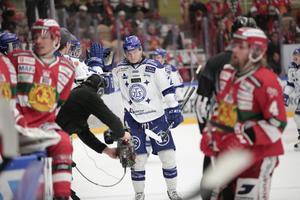 En sammanbiten Anton Karlsson efter sitt 1–0-mål för Leksand.