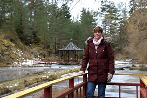 Annika Olstedt tar över Kinaparken vid Bastedalens herrgård utanför Hammar.