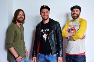 Foto Henrik MontgomeryElvamannabandet Hoffmaestro, här representerade av John Lindgren, Jens Malmlöf och Karl-Uno Lindgren.