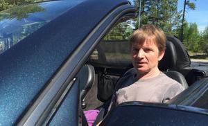 Peter Olsson med sin Mercedes SLK - 98.