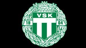 Juniortränaren har fått lämna VSK efter krogincidenten.