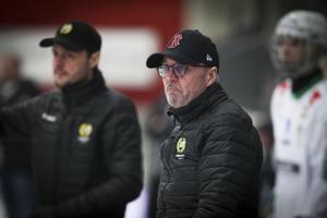 Stefan Karlsson har parallellt med sportchefsjobbet också varit assisterande tränare till Misja Pasjkin. Nu blir han huvudtränare när Pasjkin flyttar till hemstaden Krasnojarsk för att leda storlaget Jenisej.