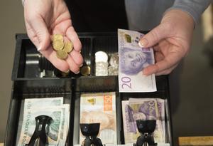 Pensionen ska räcka till ett bra liv efter pensionen, skriver Martha Wicklund, Vänsterpartiet i Örebro.