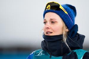 Stina Nilsson var rörd till tårar efter guldet i sprint. Bild: Carl Sandin/Bildbyrån