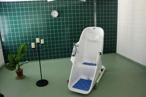 Här är det högteknologiska badkaret på Ängsbacken.