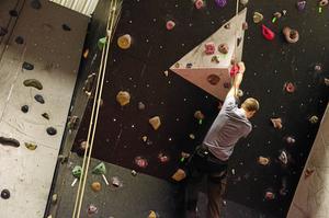 KFUM-hallen i Borlänge, där man bland annat bedriver klättring, kan nu komma att stängas.
