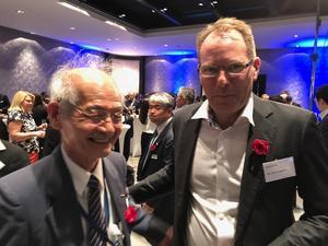 Senseairs VD Peter Lageson träffade Nobelpristagaren Akira Yoshino på en mässa i Tyskland förra året.