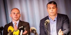 Daniel Kindberg tillsammans med sin advokat Olle Kullinger under den presskonferens som anordnades i Stockholm.